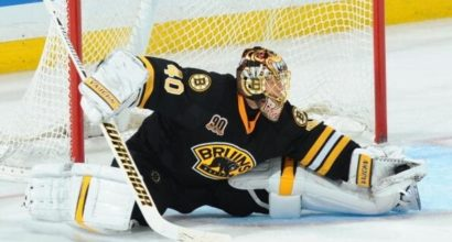 Rask gets slight nod in Vezina Trophy race